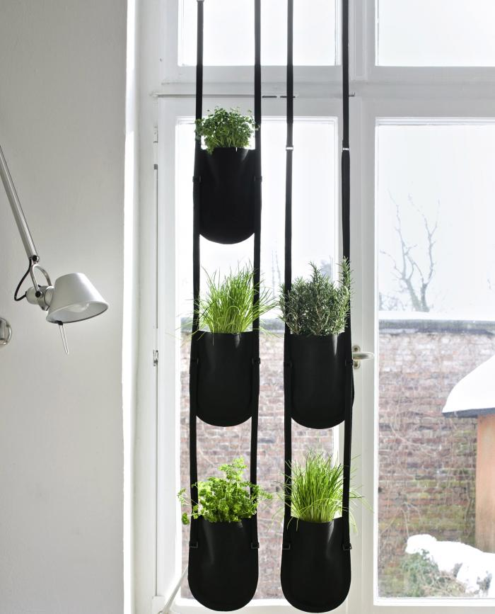Easy indoor gardening ideas - Vertical Gardens For Every City Home Easy Peasy Life In The City
